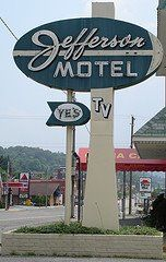 Jefferson Motel Sign