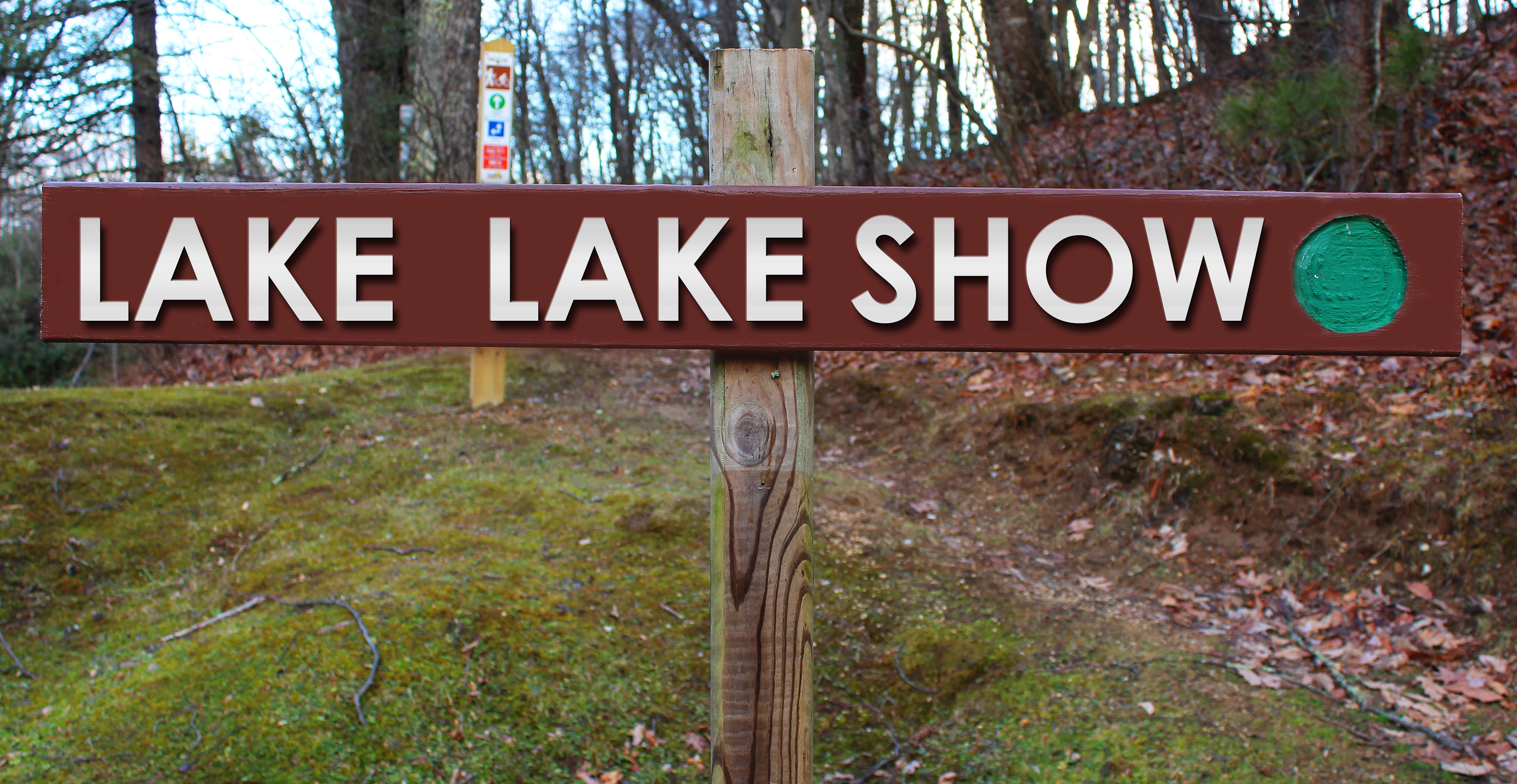 Picture of Lake Lake Show trail sign